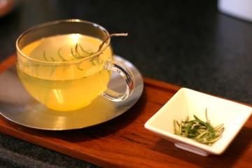Rosmarin-Orangen-Tee klein