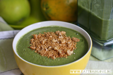 Green-Smoothie-Bowl-2