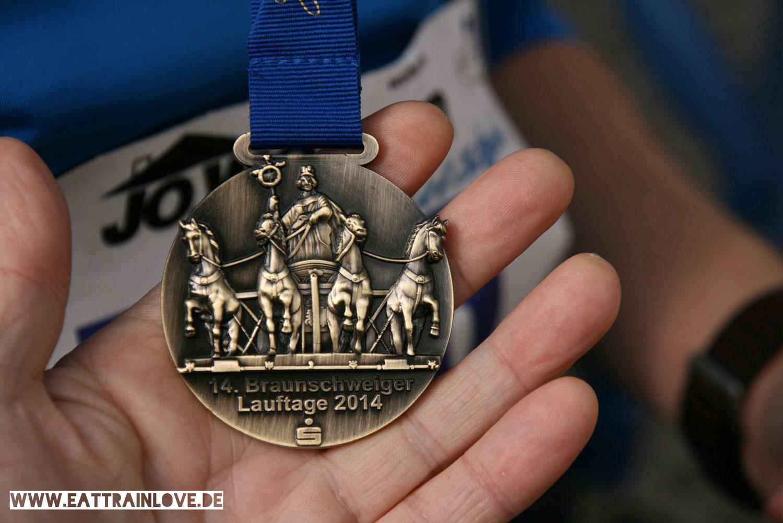 Erster-Halbmarathon-Medaille