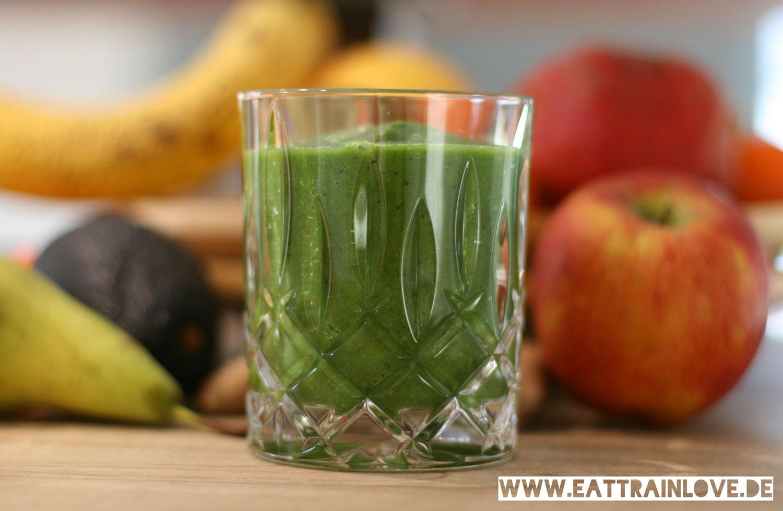 Green-Smoothie-im-Glas