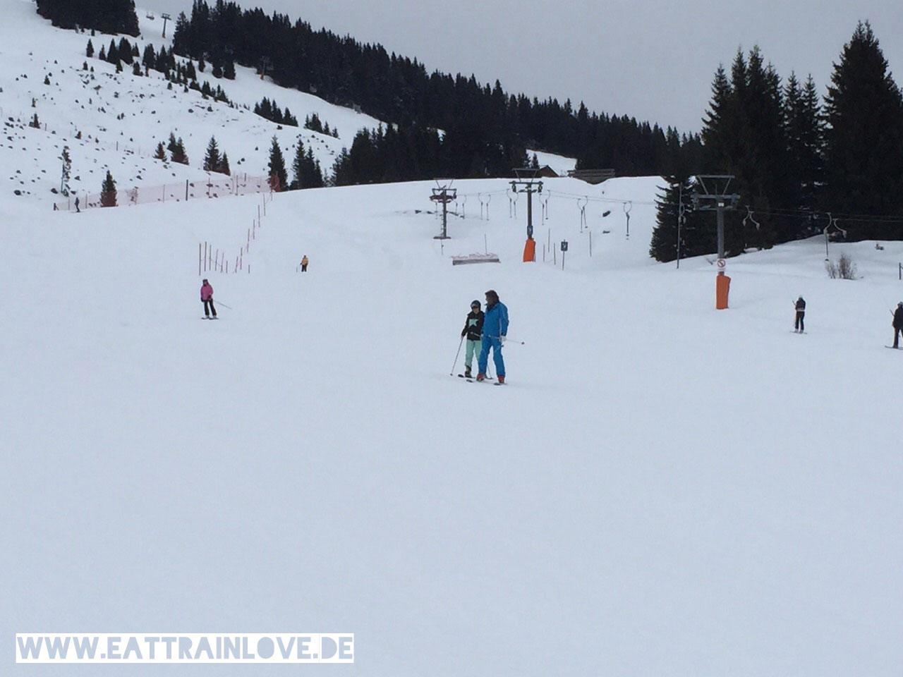 Kristin-mit-Skilehrer-Franz