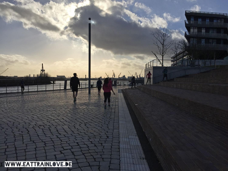 Laufen-in-Hamburg-mit-Reebok