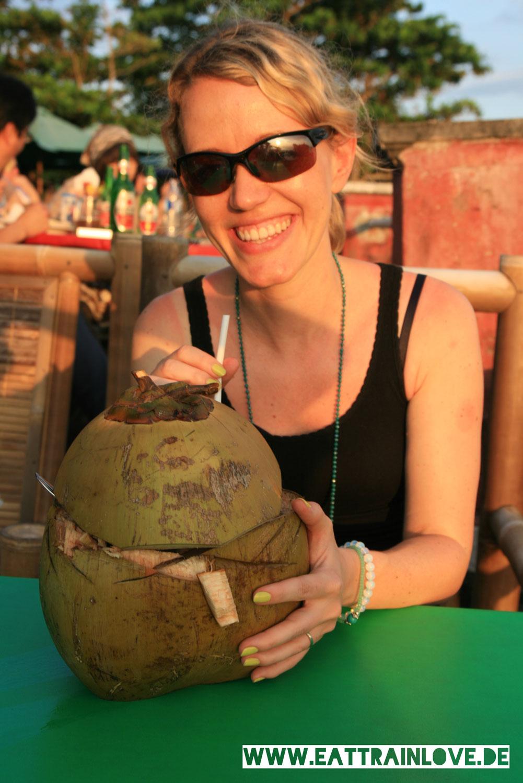 Bali-Frische-Kokosnuss-
