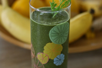 Grüner-Smoothie-mit-wahren-Superfoods
