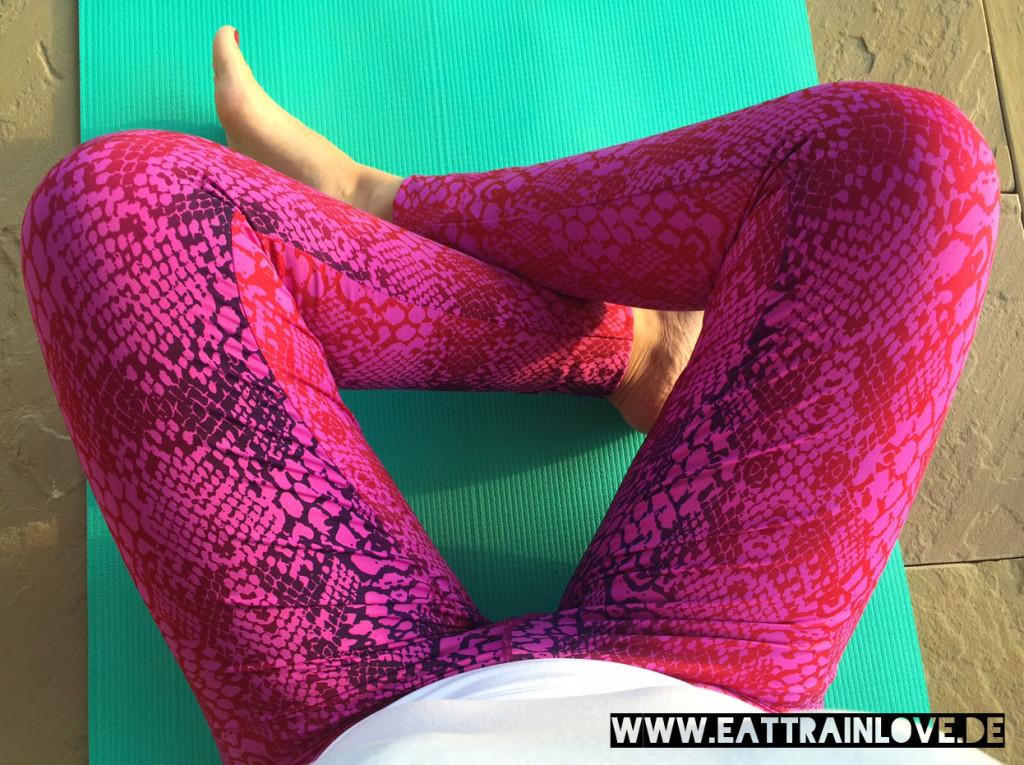 Yoga-Tights-2015-Kismet
