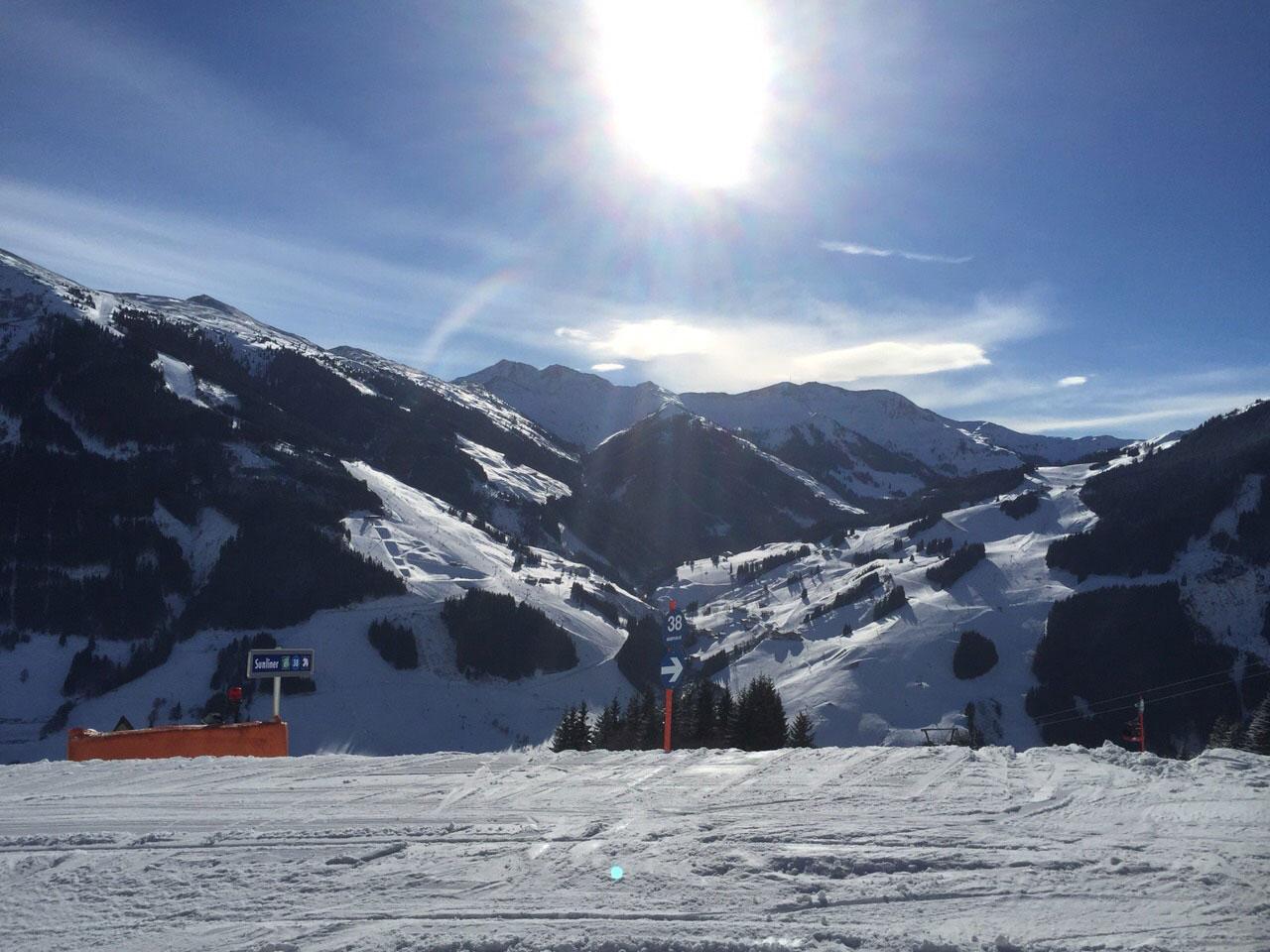 Skifahren-Ausrüstung-für-Anfänger