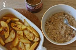 Ayurvedisches-Frühstück-Oatmeal-mit-Obst