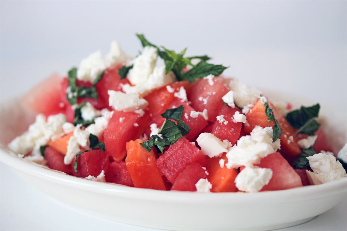 salat rezept f r den sommer melonen papaya salat mit feta. Black Bedroom Furniture Sets. Home Design Ideas
